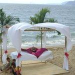 Restaurante y Club de Playa Mar y Tiera