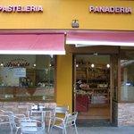 Cafetería-Panadería ARRASATE