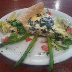 Foto de Lillian's Restaurant