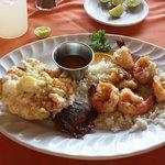 Фотография The Crazy Lobster Bar & Grill