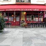 Photo of La brouette de Grand-Mere