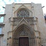 Tribunal de la Aguas de Valencia, Catedral