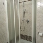 shower stall no tub