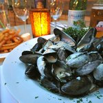 mussels and fries with cream reduction
