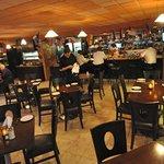 restaurant and bar scene