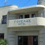 Foveaux Hotel resmi