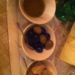 olive greche e burro ai funghi