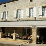 FACADE DE L HOTEL/RESTAURANT