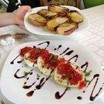 Ανθοτυρο ψητό με μαρμελάδα ντομάτας !!!!