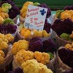 Local chou fleur Ruby Roy photo