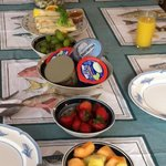 breakfast 9 - 10am
