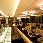 FG Restaurant Inside