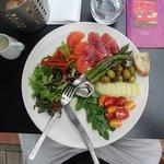 Salad Nicoise missed the mark