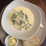 asparagus and wild mushroom, in garlic and cream sauce