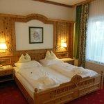 Room 008 - Ground Floor Suite