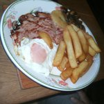 gammon, egg, chips, pineapple & mushrooms