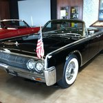 Lincoln Continental model same as President Kennedy