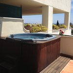 Great hot tub with great view