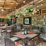 Big Owl's - Great Outdoor Dining