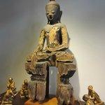Un Bouddha présenté chez Asiama