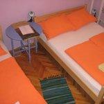 Violet room 1 double & 1 single bed