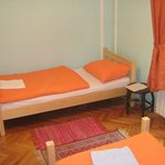 Green room 3 single beds