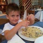 alle prese con spaghetti alle vongole. ..buonissime