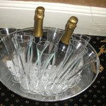 champagne of alicia management