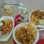 whole belly clams & oysters and fried lobster & shrimp