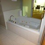 Große Badewanne in der tollen Spa-Suite
