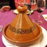 Tájine - prato tradicional - restaurante marroquino