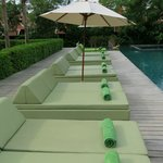 Pool lounges