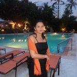 Dulce en piscina del hotel