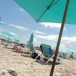 Playa al lado del hotel