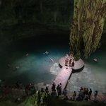 Cenote antes de descender por completo