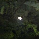 Entrada de luz del cenote