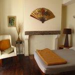 Chambre double avec salle de bains du gîte Ultreïa