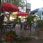 outdoor patio/pet friendly