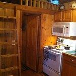 Travis Cabin - kitchen