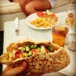 Pita kebab e birra Keo,un must a Cipro!
