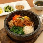 Bibimbap-Riz nappé de légumes et viande