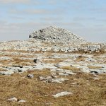 mega cairn on sw top of Turlough