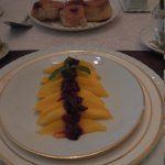 Breakfast, 1st course, Mangos with fruit ontop