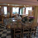 The charming inside of Grillon, gemütliches Walliser Cafe, interieur sympathique