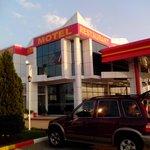 Al Petrol Hotel Vita Foto
