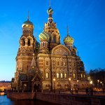 Church of Our Savior on Spilled Blood at night - tunliweb.no