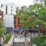 Paseo La Plaza frente al Hotel