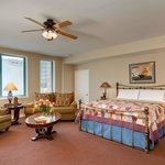 The Honeymoon Suite Rm 401