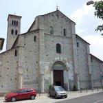 sant'abbondio - facciata principale