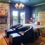Country Oak Suite